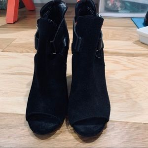 Black Steve Madden Suade Booties
